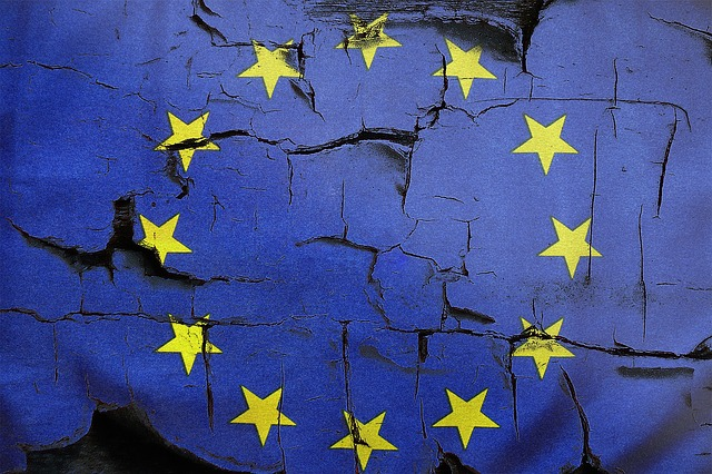 'EU Came in Like a Wrecking Ball': #BrexitSongs Trend on Twitter