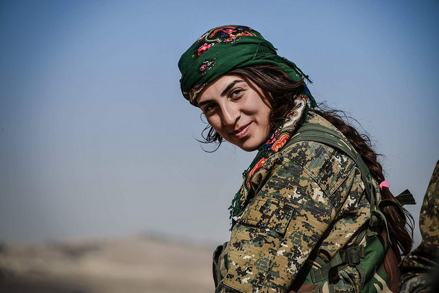 Female YPG Commander Discusses Operation to Free Raqqa