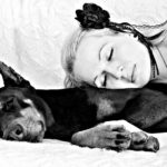 Want Better Sleep? Study Says Snoozing in Same Room With Pet Improves ZZZ's