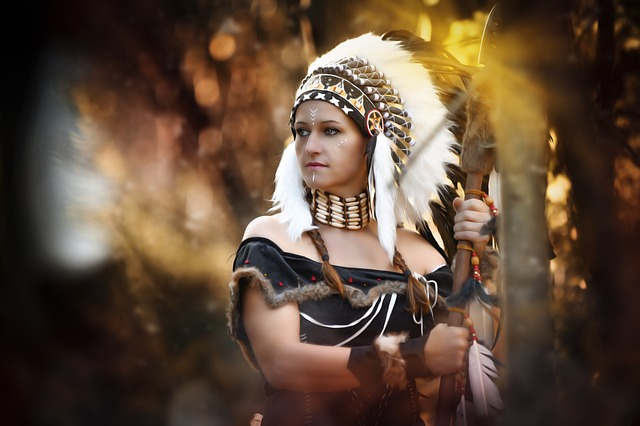 62b6f23284e Protesters Call For End to 'Hottie' Native American Costumes Based ...